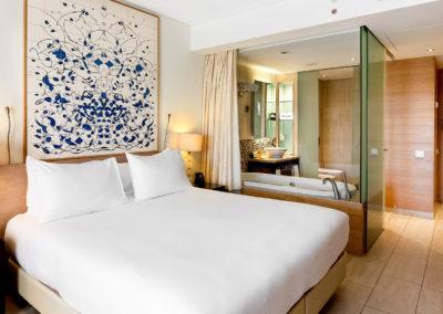 web FAOHI_King deluxe room_Hilton Vilamoura_edited-1