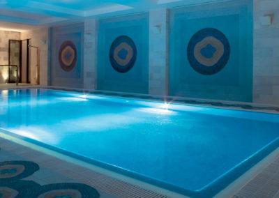 web Hilton Vilamoura heated pool night73028