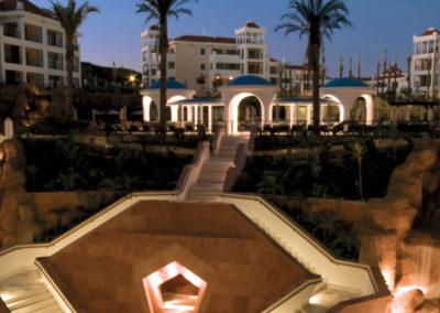 web Hilton Vilamoura_Blue Lagoon patio night_73008