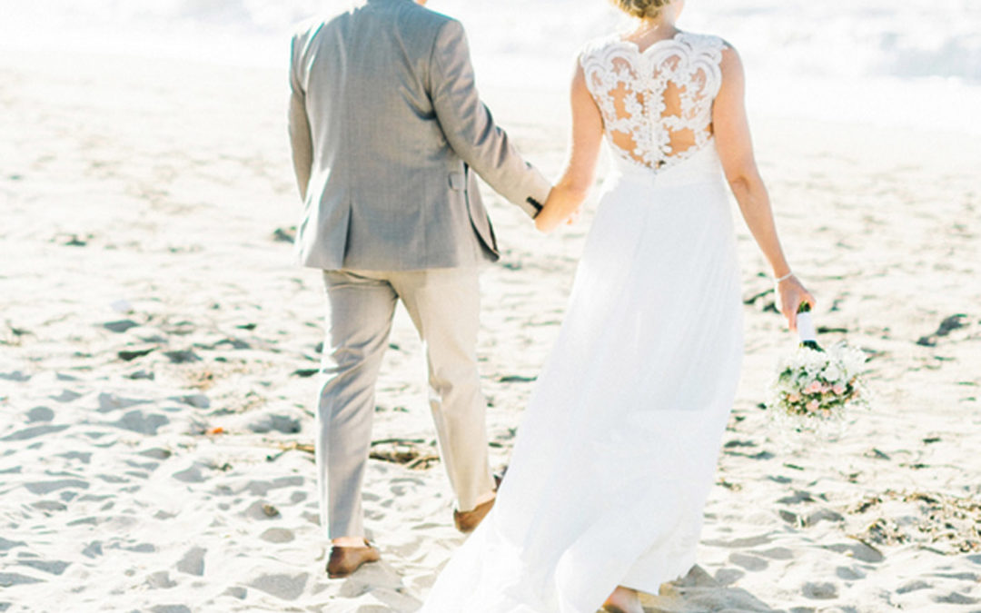 Gemma & David marry in Crete